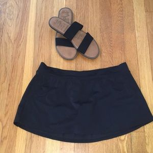 Jaclyn Smith skirt with bikini attached size 8